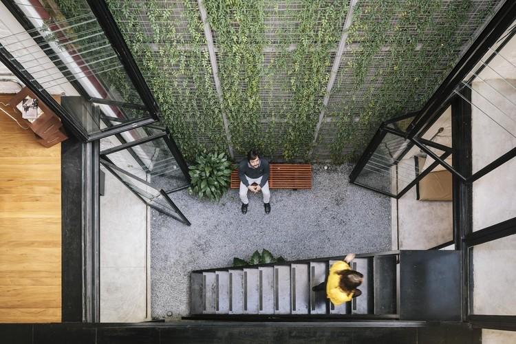 Produtora Kana / AR Arquitetos. Image © Pedro Kok