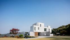 Residencia Yeoju / YKH Associates