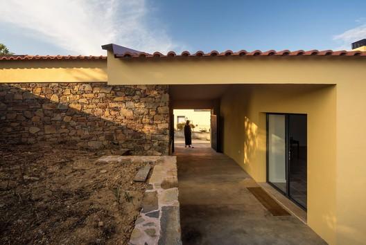 António Nunes' House / ateliermob