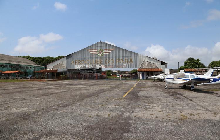 """Governo do Pará promove concurso nacional """"Parque da Cidade"""" em Belém, Aeroporto Brigadeiro Protásio, em Belém, onde será construído o Parque da Cidade. Image Cortesia de Secretaria de Estado de Cultura do Pará"""