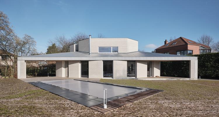 Triangle House / NOTAN OFFICE, © Nicolas Delaroche