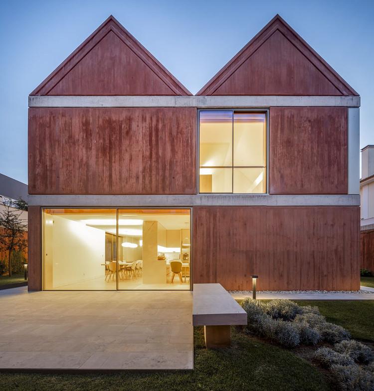 House in São Pedro do Estoril / ARX Portugal Arquitectos, © Fernando Guerra | FG+SG