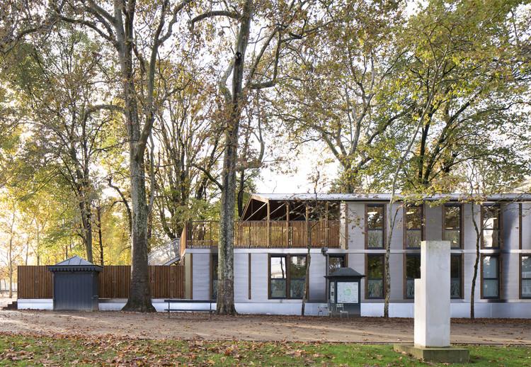 Wooden Nursery / Djuric Tardio Architectes, © Clément Guillaume