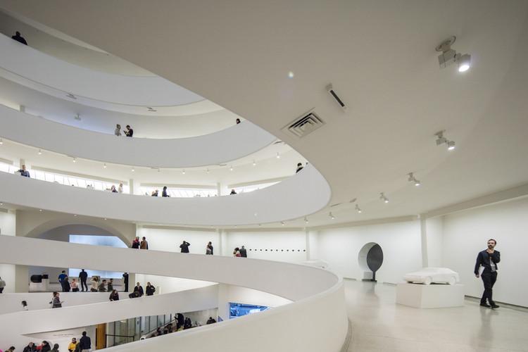 Interiores de museus: como o design pode interagir com a arte, Museu Guggenheim de Nova Iorque. © Laurian Ghinitoiu