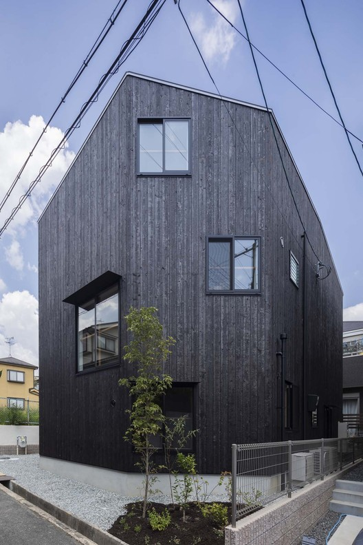 House in Takatsuki / Tato Architects   ArchDaily