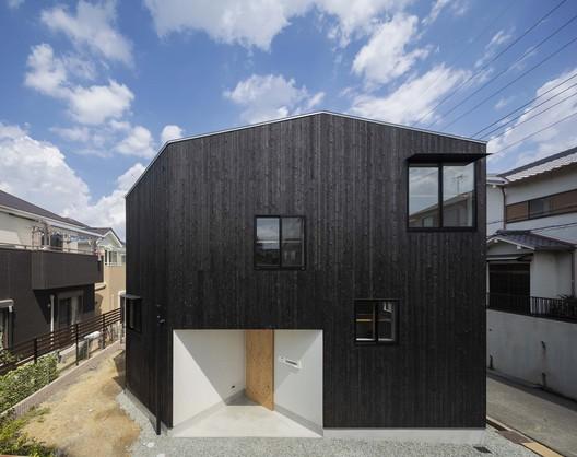 West side appearance. Image © shinkenchiku_sha
