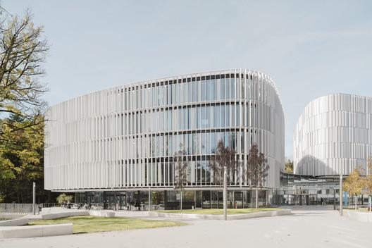 Bosch Automotive Steering Customer Center / wulf architekten