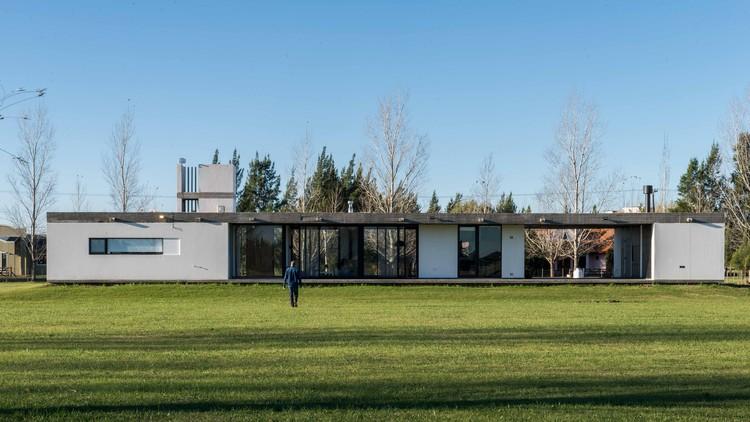 Casa AC / Jerbarquitecto, © Luis Barandiarán