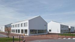 Escuela primaria Amos / SOA Architekti