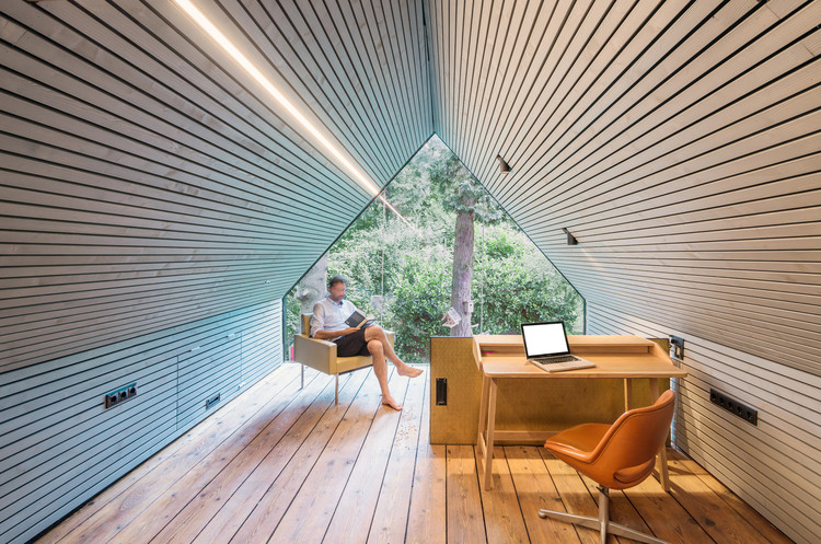 The Enchanted Shed & Leopold House / Franz&Sue. Image © Andreas Buchberger