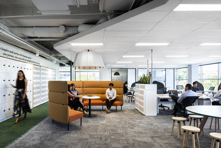 7-Eleven Offices / GroupGSA, © Nicole England