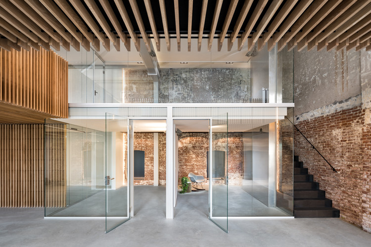 Converted Warehouse ZZ21 / FIRM architects, © Studio de Nooyer