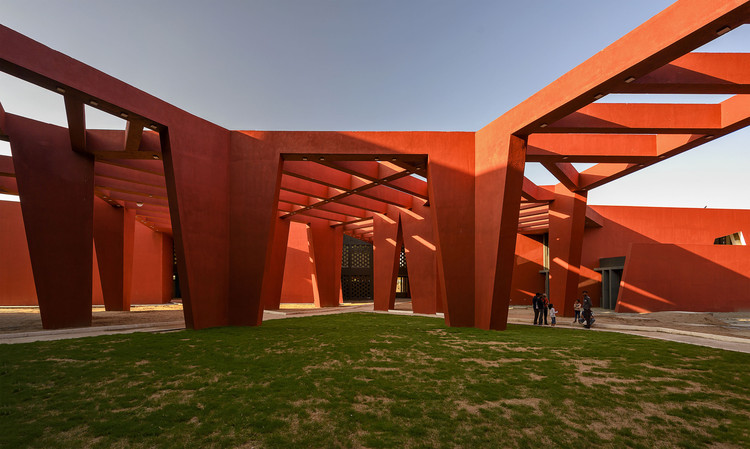 The Rajasthan School / Sanjay Puri Architects, © Mr. Dinesh Mehta