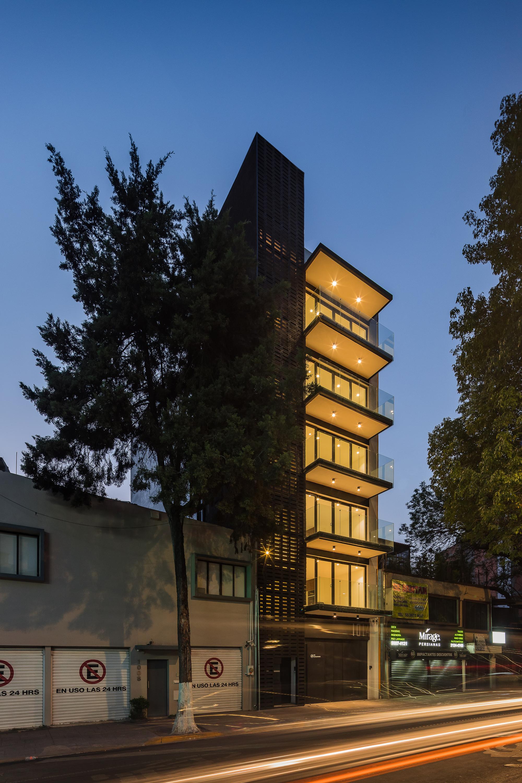 Image result for División del Norte building structure