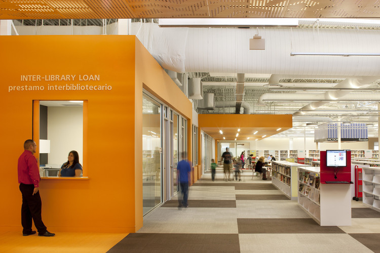 Biblioteca McAllen / MSR Design. Imagen © Lara Swimmer