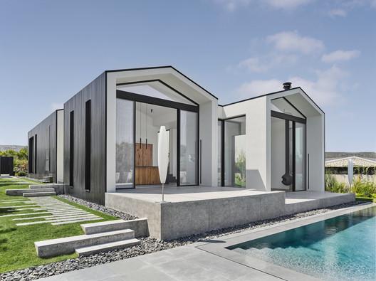Mamurbaba House / Orkun Nayki Architecture