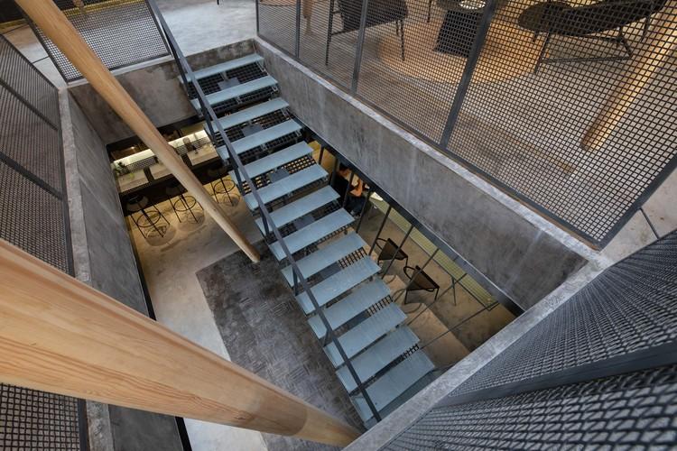 atrium. Image © Xuguo Tang