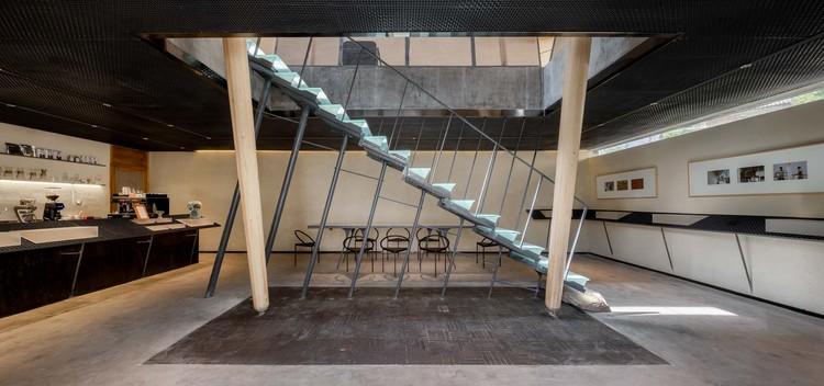 stairs. Image © Xuguo Tang