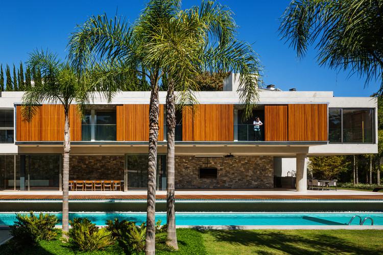 Casa TRD / Biselli Katchborian Arquitetos, © Nelson Kon