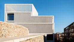 Museo de Arte Contemporáneo Helga de Alvear / Emilio Tuñón Arquitectos