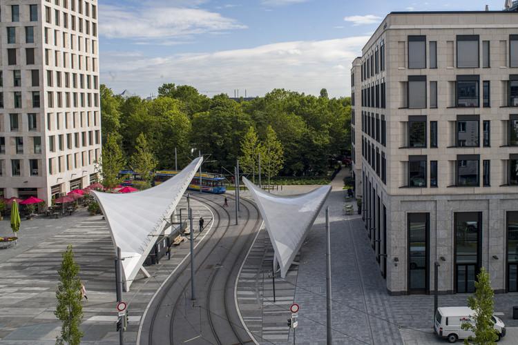 Tram Station Schwabinger Tor / Felix Fischer Architekten, © Rainer Viertlböck