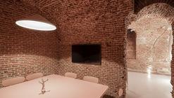 Alfama Coworking / LIPA Architects