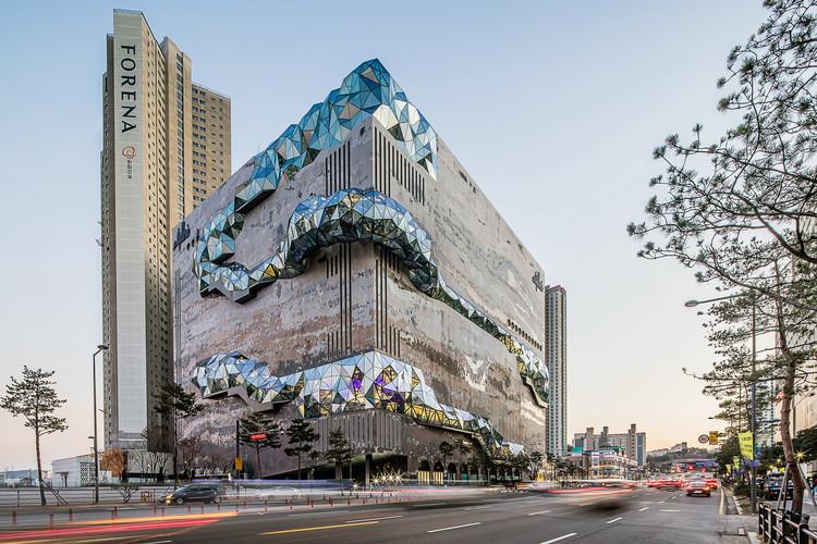 OMA completa la tienda por departamentos Galleria en Corea del Sur, © Hong Sung Jun, cortesía de OMA