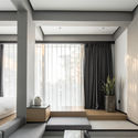 Suite with city view. Image © Chuan He