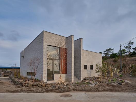Summmoru House / NOMAL