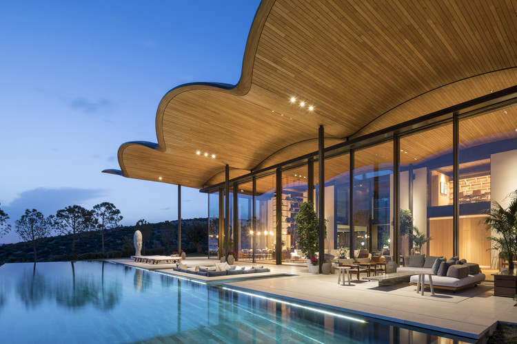 Dolunay Villa / Foster + Partners, © Nigel Young / Foster + Partners