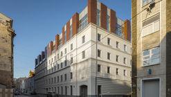 Ampliación del edificio residencial Sovremennik / Al Studio + Front Architecture