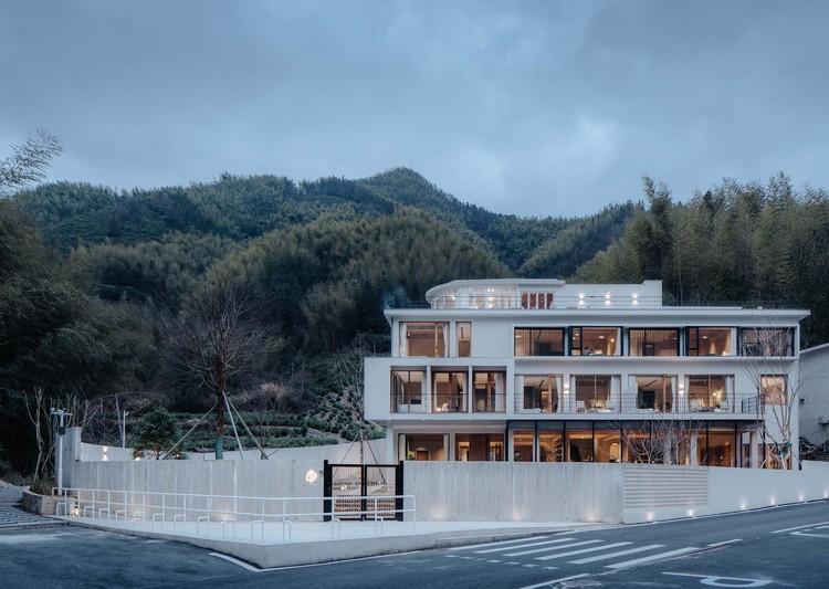Whisper Hotel / qpdro, © Wen Studio