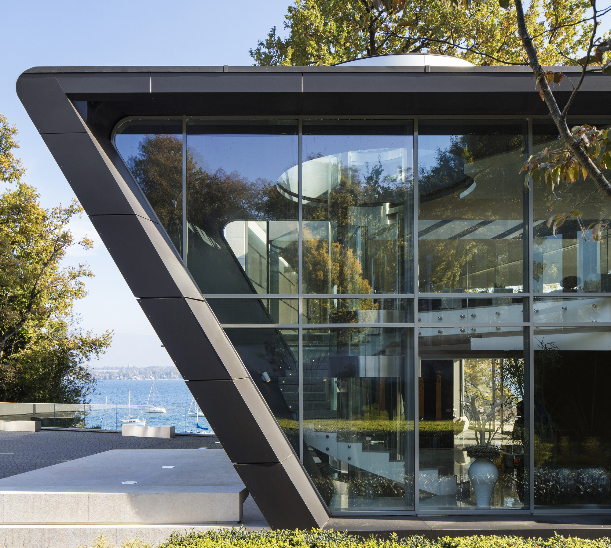 Lake House / ARRCC + SAOTA