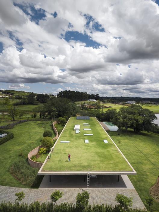 Planar House / Studio MK27 - Marcio Kogan + Lair Reis. Image © Fernando Guerra | FG+SG