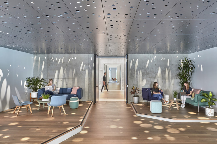 How Will COVID-19 Shape the Future of Work?, Slack Headquarters / Studio O+A. Image © Garrett Rowland and Amy Young