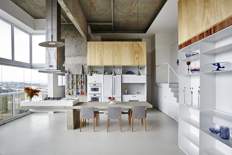 Apartamento JK / Metro Arquitetos Associados, © Ilana Bessler