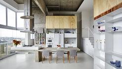 Apartamento JK / Metro Arquitetos Associados