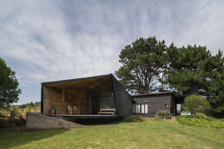 Casa Santorini / LOI Arquitectura, © Obralinda