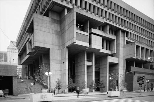 Boston City Hall. Image Courtesy of Kallmann, McKinnell, & Knowles