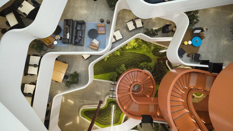 El Festival Mundial de Arquitectura mantiene su planificación para diciembre y ofrece tiempo adicional de inscripción, Ganador de la categoría de oficina WAF2019 - B: Hive / BVN en asociación con Jasmax. Foto © John Gollings