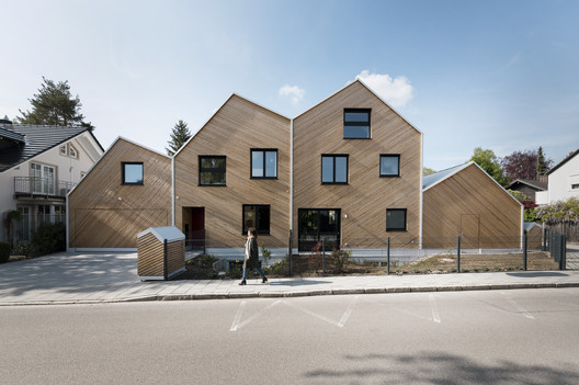 Hausfuchs Apartments / IFUB*