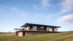 Casa U  / Canalli Arquitetura