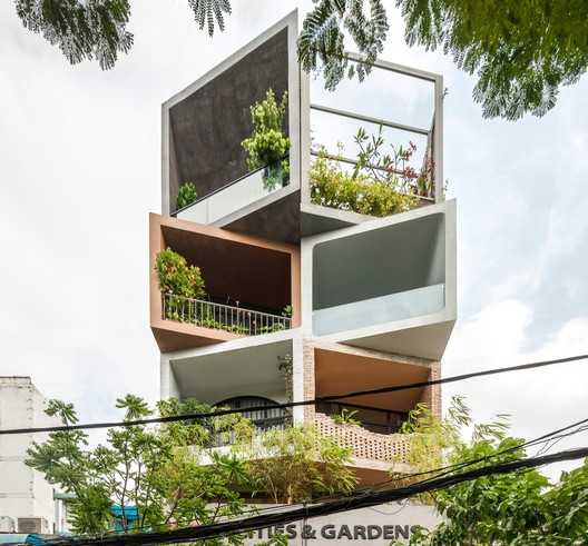 Cities & Gardens / ROOM+ Design & Build