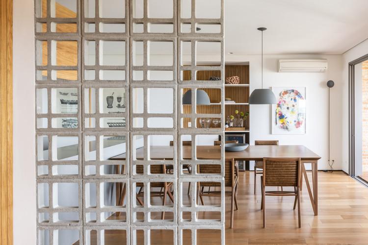 Apartamento Mirá  / Casa100 Arquitetura, © Renato Navarro