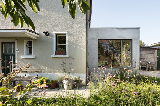 House Extension in  Brussels / Atelier Tom Vanhee