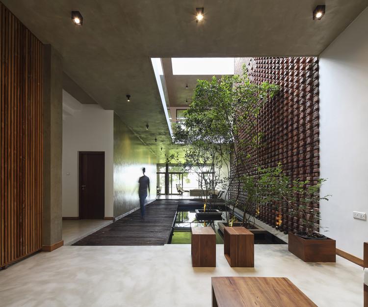 House at Kalalgoda / Damith Premathilake Architects, © Eresh Weerasuriya