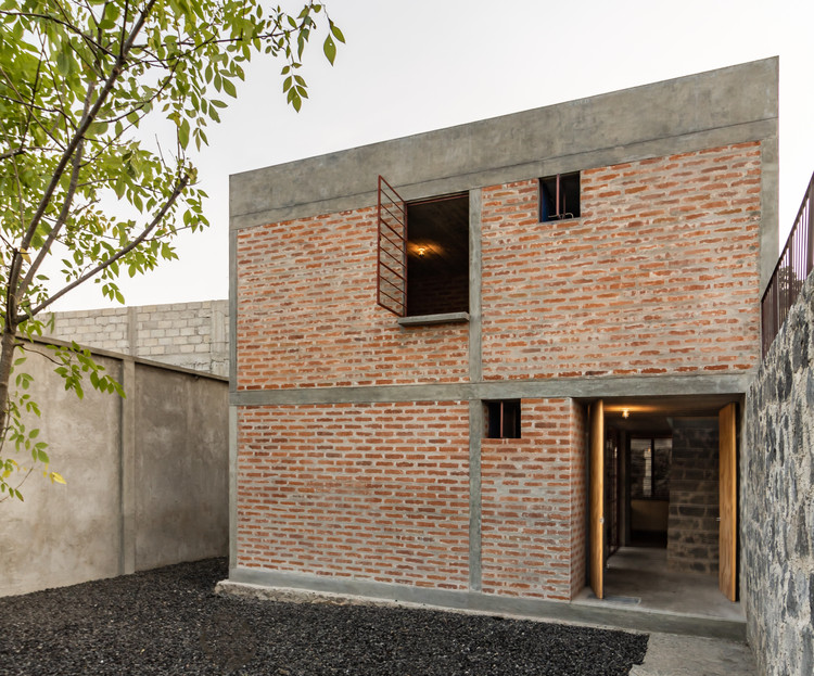 Nakasone House / Escobedo Soliz, © Ariadna Polo