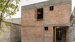 Nakasone House / Escobedo Soliz