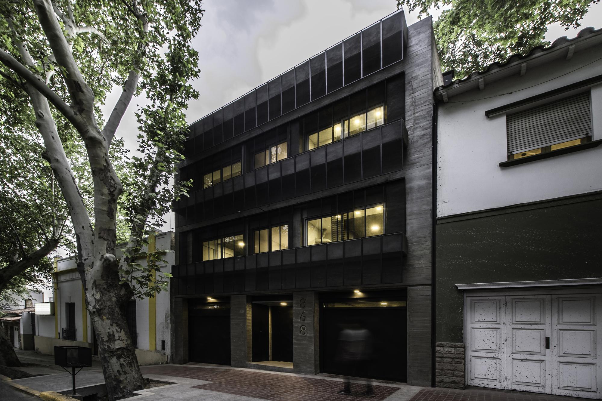 DCA Building / ONA - Oficina Nómada de Arquitectura + Paula Sánchez Arquitectura