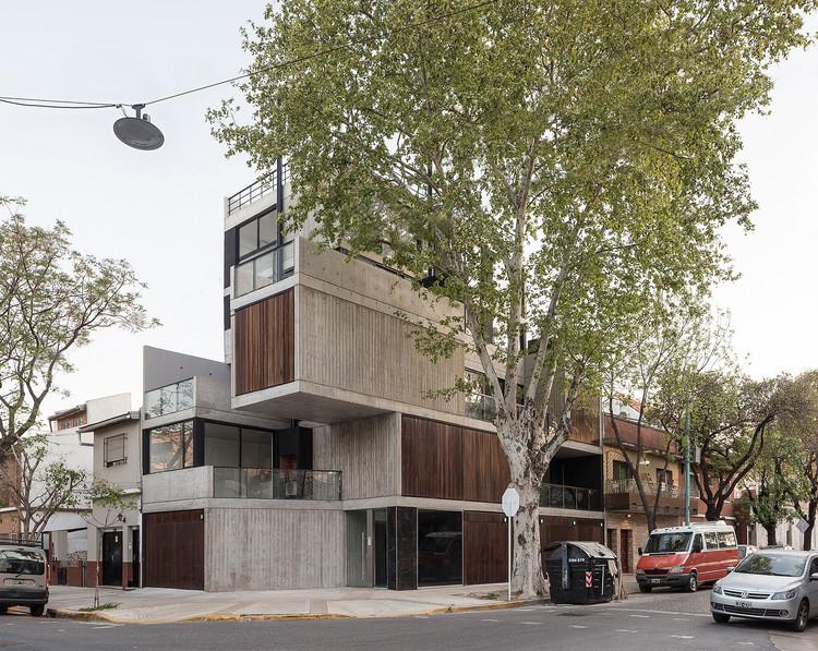 Urban Style 2 Building / F2M Arquitectos, © Fernando Schapochnik